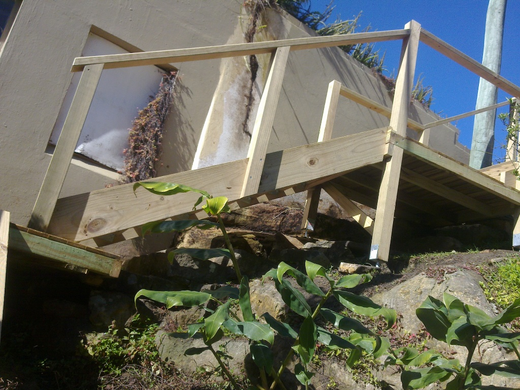 Coffs Harbour Carpenters Out Door Timber Staircases