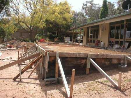 Formwork carpenters - concrete slabs - driveways - basements